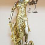 Адвокат. Юридичні послуги.