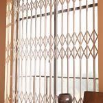 Раздвижные оконные решетки размером 150х140 типа GRAN-эконом
