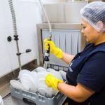 Уборщица-посудомойщица